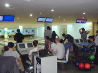 industrial tour to beijing 2017  tenpin bowling with materials students from tsinghua university